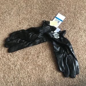 Micheal Kors Black Tech Touch Leather Gloves